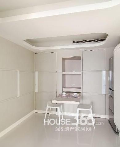 吊顶装修效果图:纯白色的餐厅吊顶效果图,具有中央空调的家居