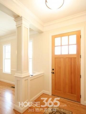 家装玻璃隔断效果图:白色与木色的家