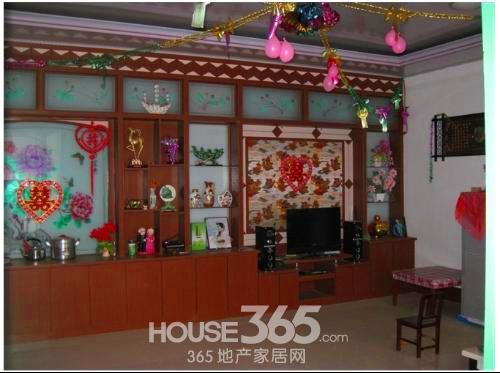 求山东农村平房室内装修效果图 客厅长6m