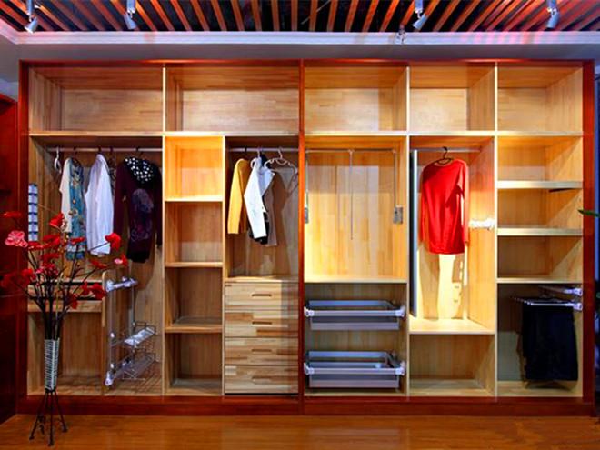 一个功能齐全的衣柜,内部应该设计成啥样