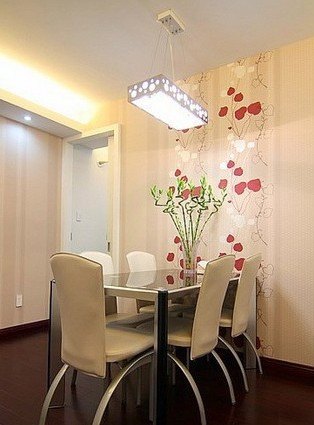 客厅,电视背景墙也没做太精细的处理,最后看起来实在